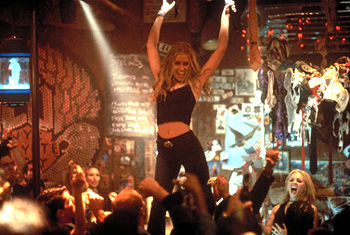 Piper_perabo_maria_bello_coyote_ugly_001
