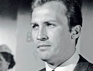 Invaders_roy_thinnes1222039109