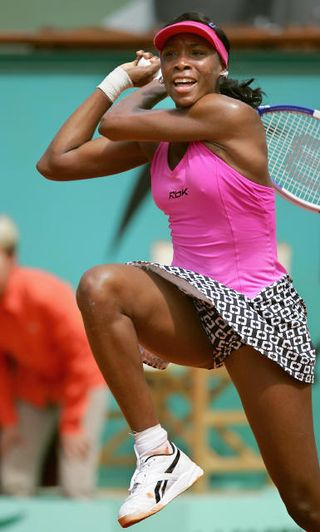 Venus_williams(006-swing-shot)