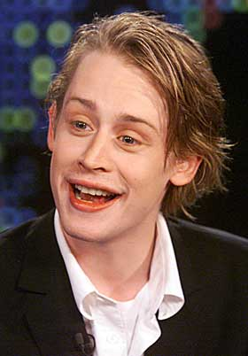 Macaulay-Culkin-does-it-again-2