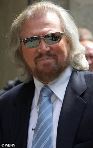 Barry_gibb_001_101906