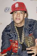 Med_daddy_yankee_artist_photo3