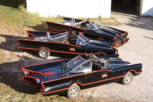 Batmobile_replicas_2