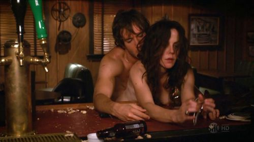 Mary-louise-parker-sex-scene-weeds-cap-10